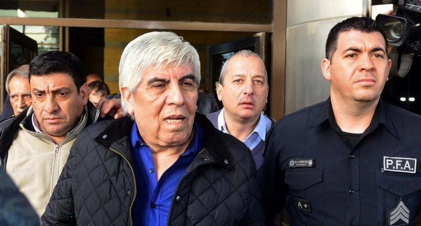 El Gobierno aplicó una sanción récord a Moyano por violar una conciliación