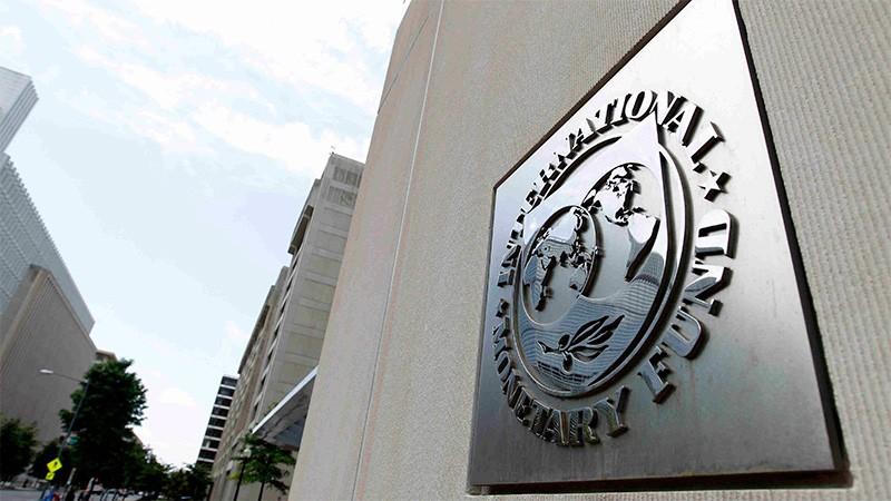 El FMI enviará U$S 5.400 millones tras aprobar la cuarta revisión de la economía