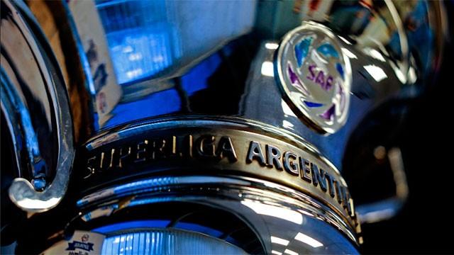 Tres descensos y 20 equipos en 2023: Así será el nuevo reglamento de la Superliga