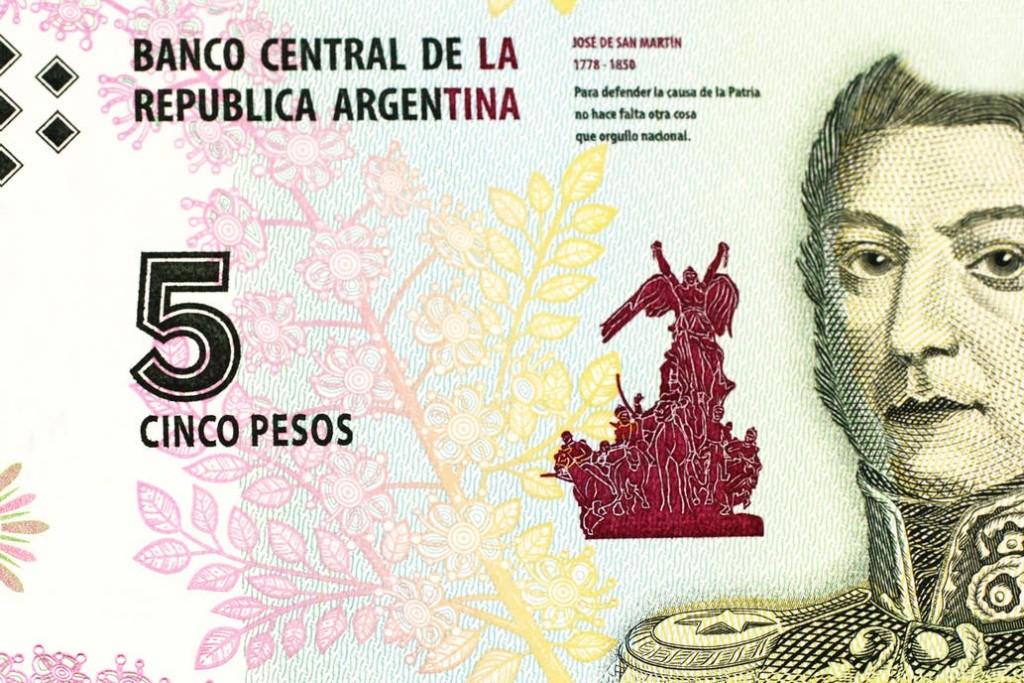 El billete de $5 tiene sus días contados: desde jueves lo empiezan a canjear y en febrero da el adiós