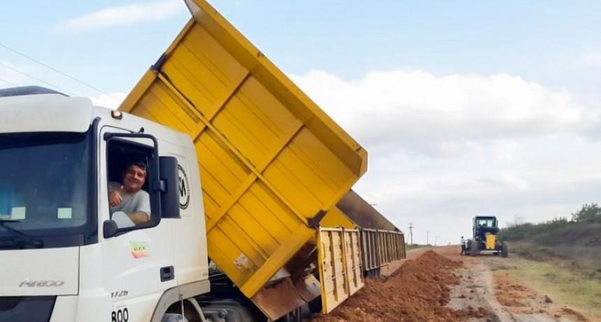 La provincia atiende la red caminera del departamento Federal