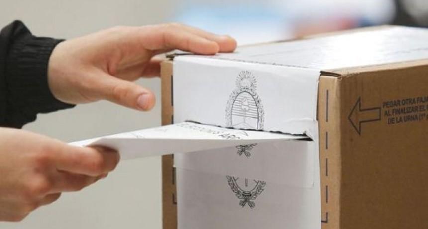 Las boletas de los precandidatos a diputados y senadores nacionales de Entre Ríos