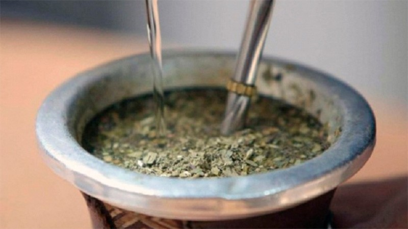 Factores que influyen en el sabor del mate: Cantidad de hoja, palo y polvo