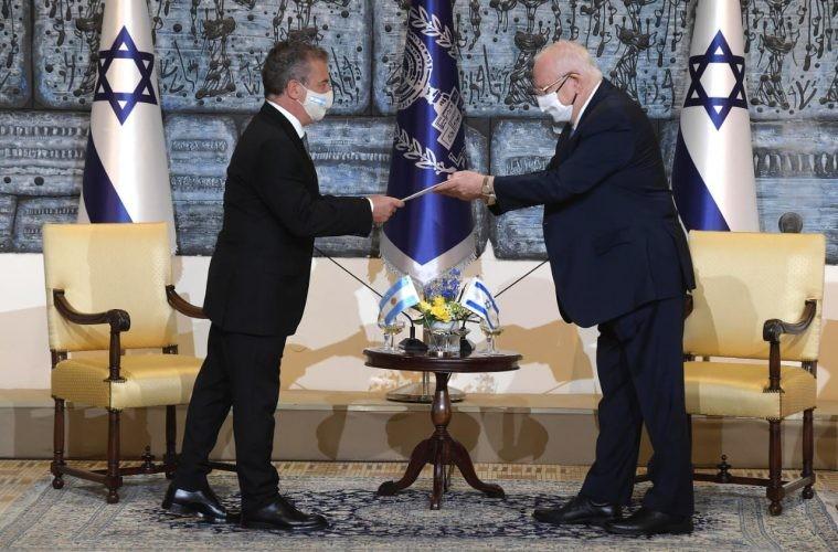 Urribarri presentó sus cartas credenciales al presidente de Israel