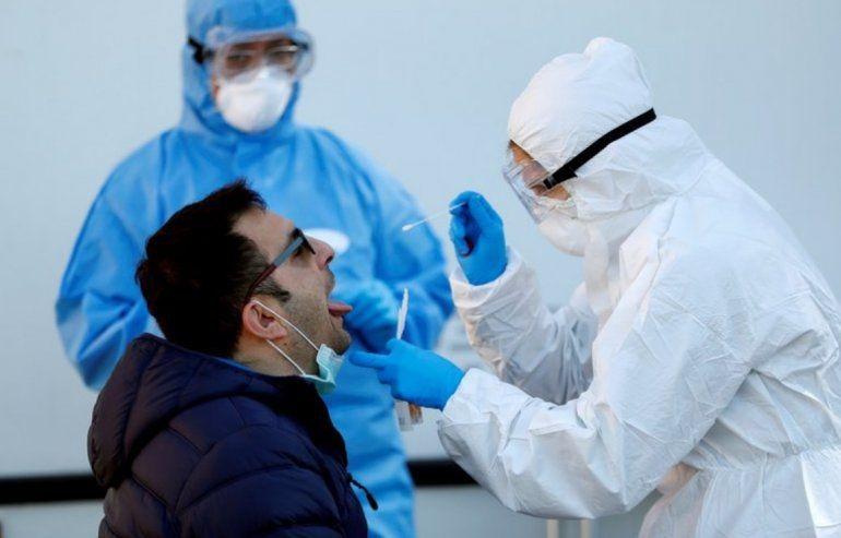 Descubren un nuevo síntoma del coronavirus: ¿qué es un enantema?