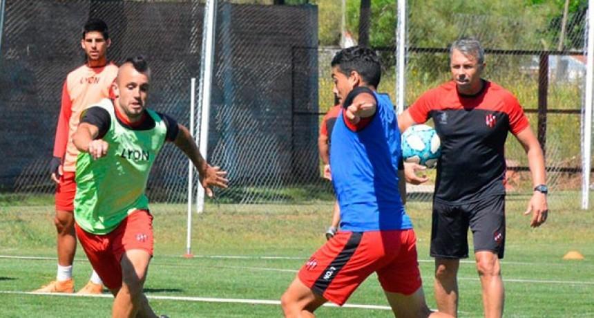 Dirigente de AFA dijo que entre el 5 y el 10 de agosto vuelve a entrenar el fútbol argentino
