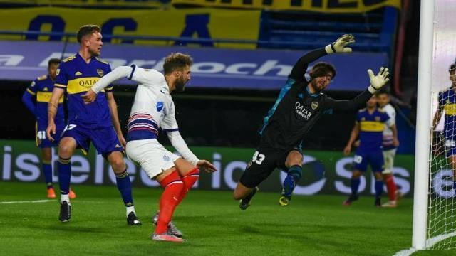 San Lorenzo se impuso frente a Boca por 2 a 0 en La Bombonera