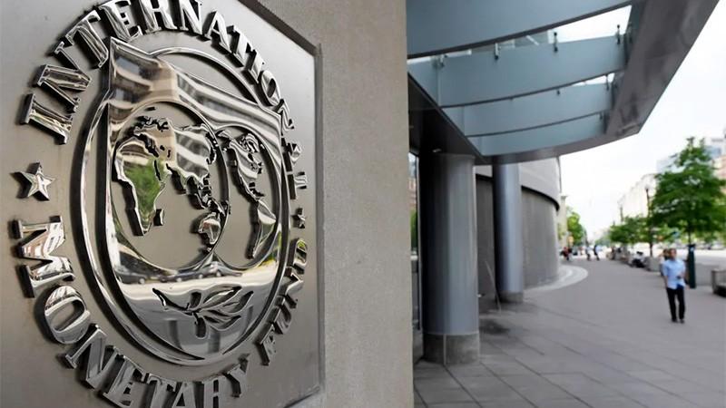 Expectantes: el lunes culmina votación en FMI que dará luz verde a nuevos fondos