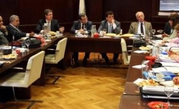 Entre Ríos gestiona intercambio de medicina por alimentos con Cuba