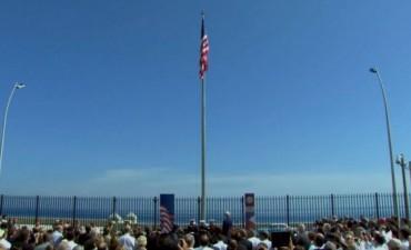 Después de 54 años EEUU izó su bandera en la embajada de La Habana