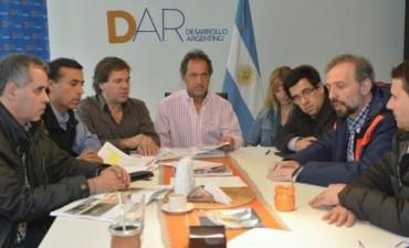 Siguen los cruces entre Scioli y Macri por las Inundaciones