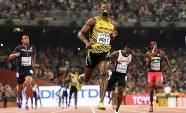 Usain Bolt completó un mundial perfecto al llevarse el oro en el posta 4X100