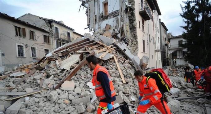 Ya son 38 los muertos por el fuerte terremoto que sacudió Italia