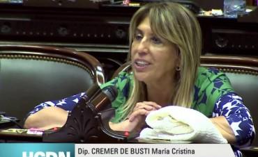 Cristina Cremer solicitó extender licencias laborales para madres de hijos con capacidades diferentes