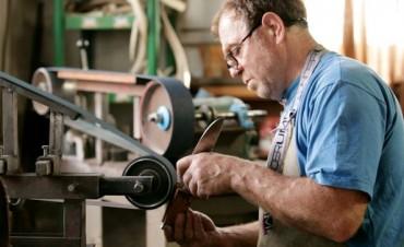 Federal: capital de la cuchillería artesanal