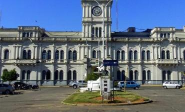 La provincia estiró tres días el cronograma de pagos