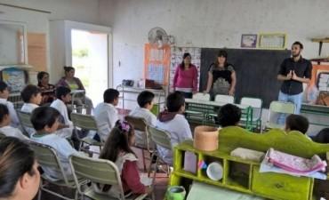 El Municipio brinda charlas de concientizacion ambiental en escuelas rurales