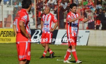 Atlético Paraná debutó con una derota ante Flandria como local