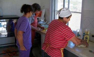 Comedores escolares: Lena quiere que estén disponibles para el personal y los docentes