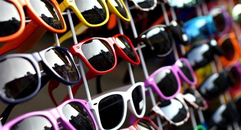 Advierten que en apenas siete meses ingresaron más 1,3 M de anteojos sin control