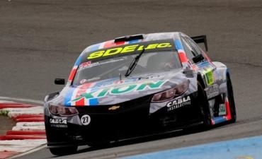 Altuna se impuso en Rosario y es el líder del torneo de Top Race V6