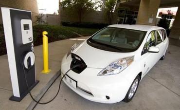 Autos eléctricos: todo lo que hay que saber en cinco respuestas