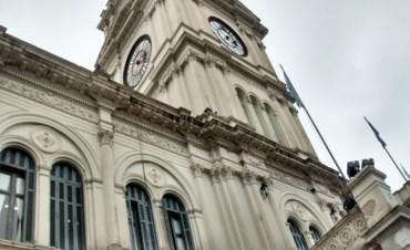 Estatales cobran desde el viernes con el aumento del 10 por ciento