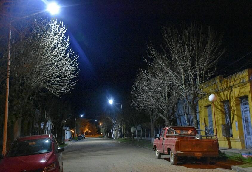 Instalan Luminarias Led en C.Bernardi