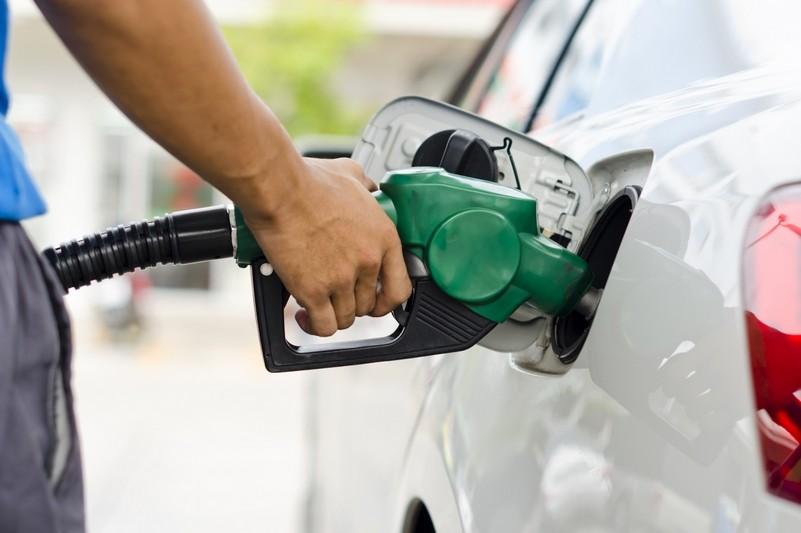 Súper o Premium: ¿Qué nafta conviene más para llenar el tanque?