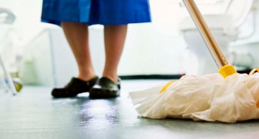 Empleadas domésticas tendrán suba salarial del 25 por ciento