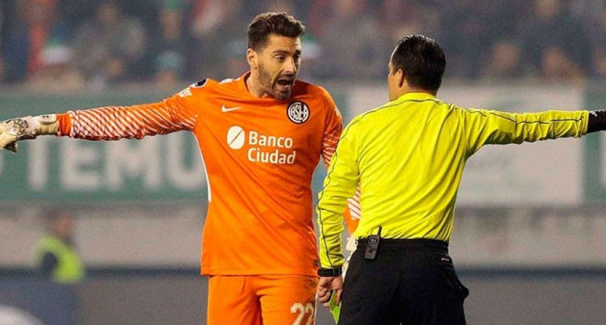 San Lorenzo clasificó en Chile pero el partido terminó con incidentes