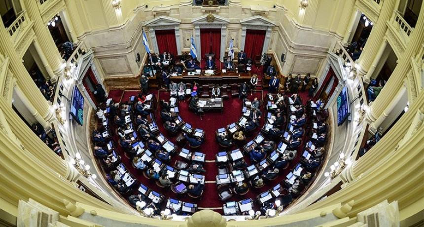 Suspenden regalos, viáticos y bebidas como parte del ajuste en el Senado