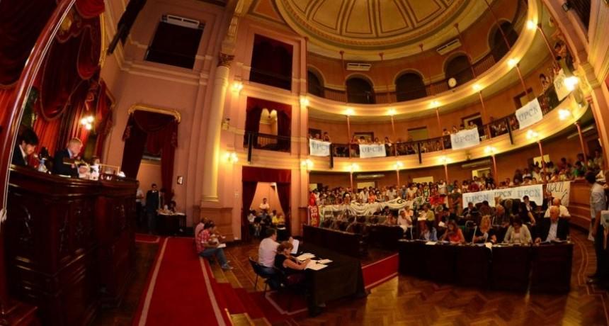 El excesivo y casi obsceno gasto en el funcionamiento de las Legislaturas