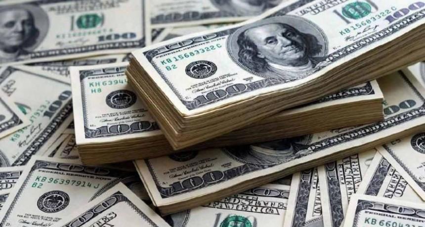 El dólar se disparó otra vez y escaló 48 centavos: Cerró la semana a $31,46