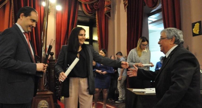 EL INTENDENTE PARTICIPÓ DEL RECONOCIMIENTO A PERSONAJES DE LA CUL TURA EN LA CÁMARA DE DIPUTADOS DE ENTRE RÍOS