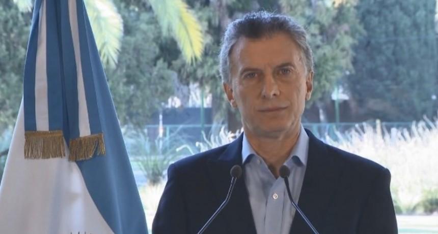 Macri acordó con el FMI el adelanto de fondos para devolver la confianza a los mercados