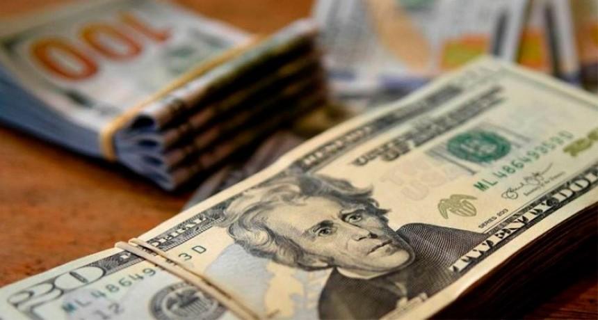 Escalada del dólar: Analistas explican las razones de la imparable suba