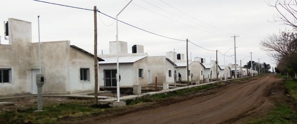 Se construyen a buen ritmo 29 viviendas en Conscripto Bernardi e Ibicuy con fondos provinciales