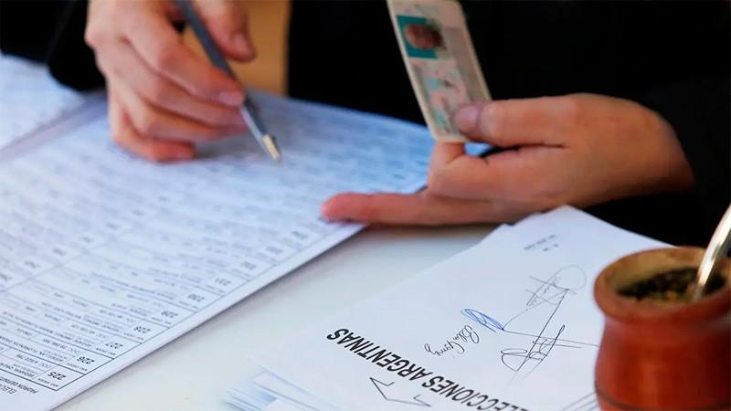 Las PASO en números: Cifra de votantes habilitados, escuelas, mesas y urnas