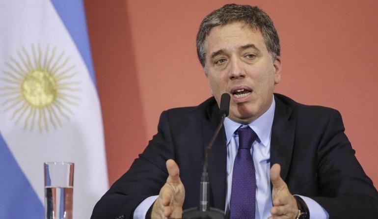 Los funcionarios de Macri ganaron casi $400 millones con la corrida cambiaria