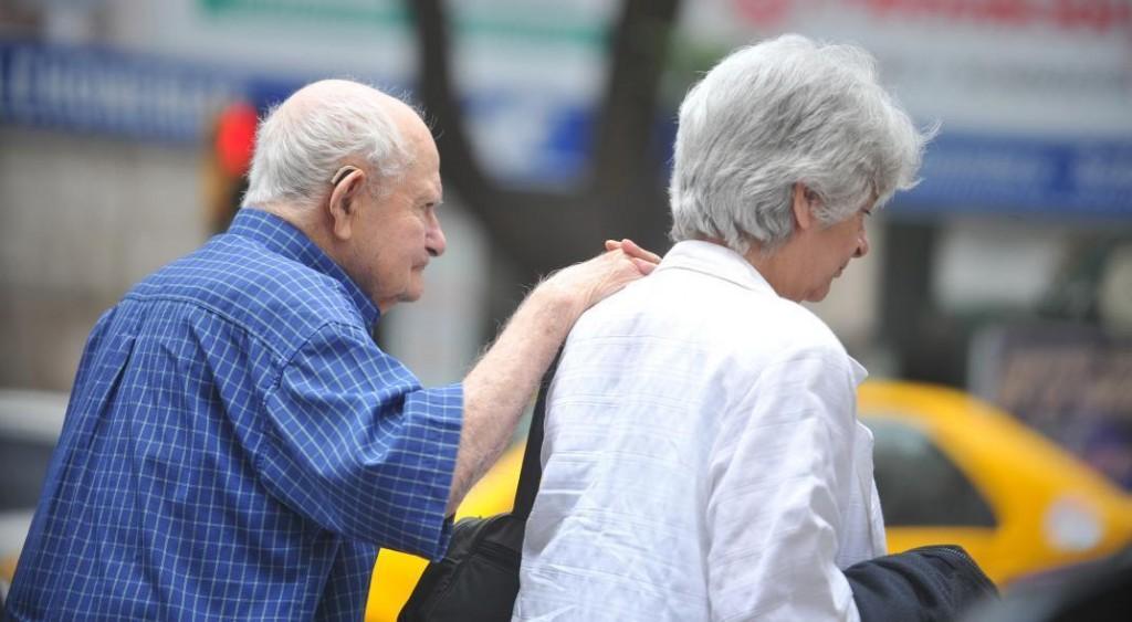 Suba para jubilados nacionales: La mínima será de $14.067 en diciembre