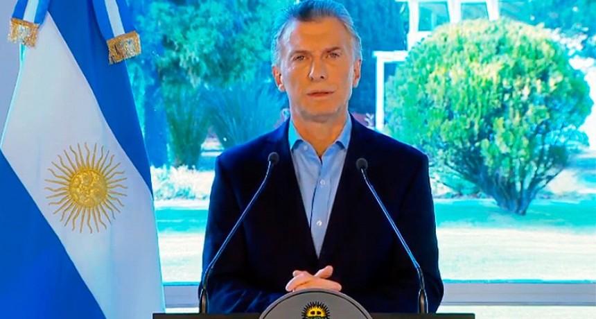 Macri anunció la eliminación del IVA al pan, la leche y otros alimentos