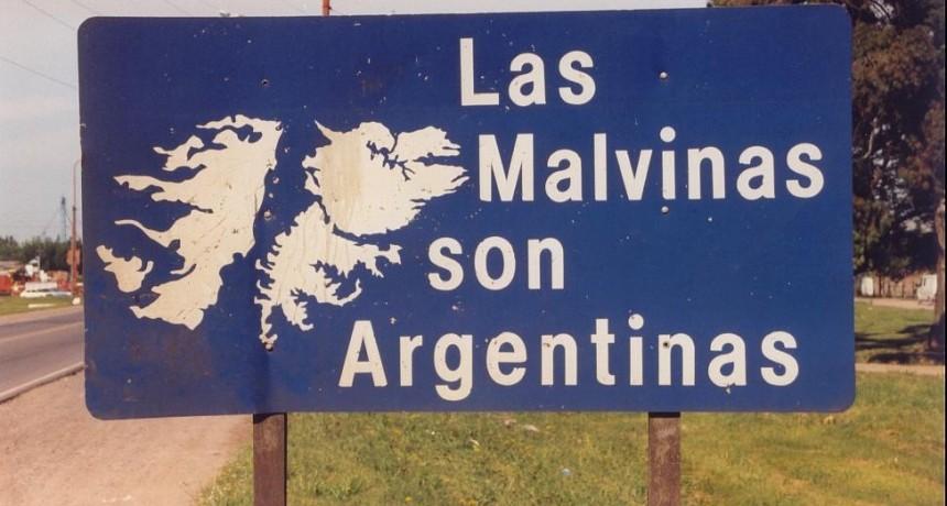Por unanimidad de los Concejales se aprobó cambiar el nombre de calle John Kennedy por el de Malvinas Argentinas