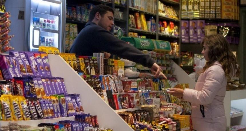 Kiosqueros piden que los incluyan en el recorte del IVA