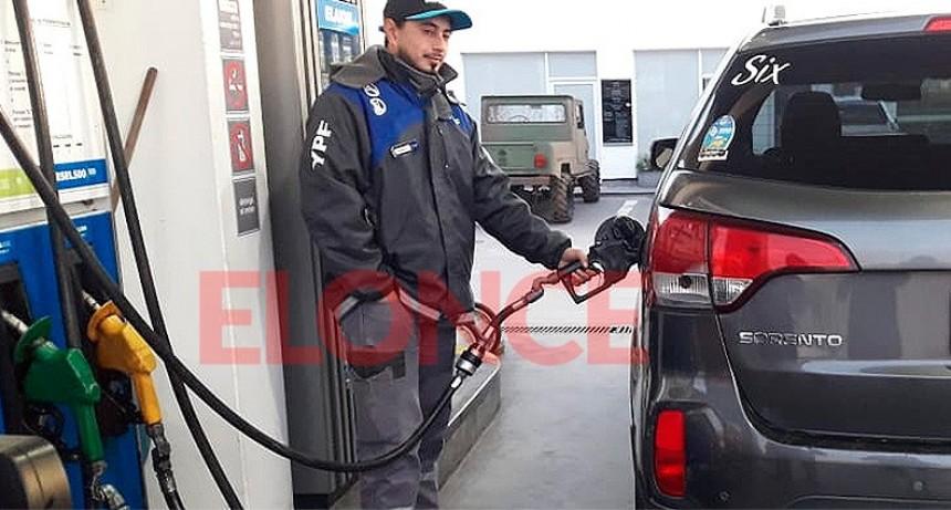 Gobierno monitorea el abastecimiento de combustibles ante denuncias de faltantes