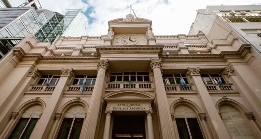 El Banco Central no vendió reservas y el dólar bajó diez centavos a $ 57,20