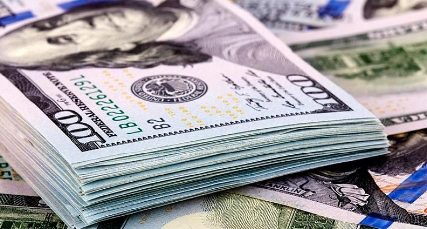 El dólar subió $ 1 pese a que el Central vendió u$s 302 millones de reservas