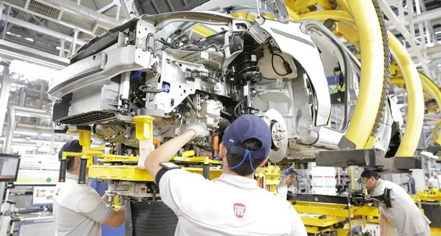 Las ventas de cero kilómetros retrocederían a niveles anteriores a 2005