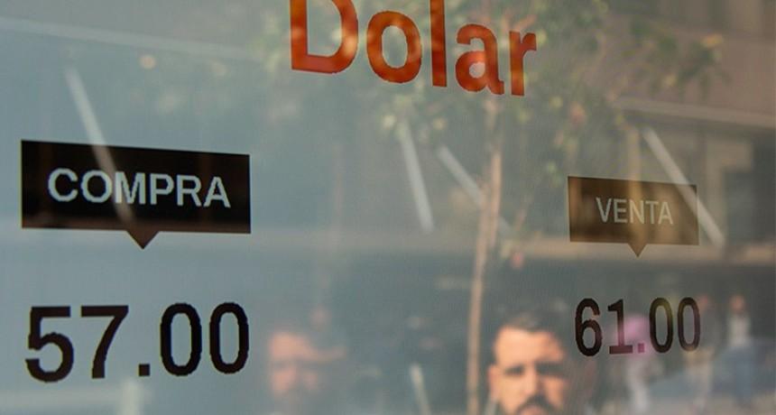 Riesgo país a 2.112  El dólar cerró por encima de los $ 60, pese a las ventas del Central por US$ 367 millones