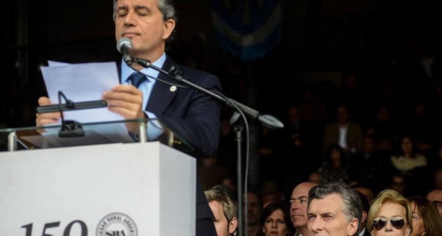 Insólito y vergüenza : El entrerriano Etchevehere cobrará el bono de $5 mil de Macri